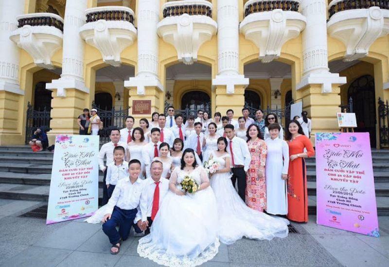 Giám đốc thẩm mỹ viện Hoàng Gia - Vũ Thanh Hải đồng hành tổ chức đám cưới tập thể 100 cặp đôi tàn tật và khó khăn chương trình Giấc mơ có thật