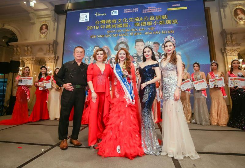 Đã tìm được chủ nhân vương miện  hạng mục Mrs  Taiwan International Global 2019