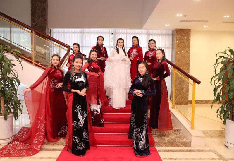 Áo dài Hương Giang - Nhà tài trợ đồng hành cùng Gala Mảnh ghép sắc đẹp 3
