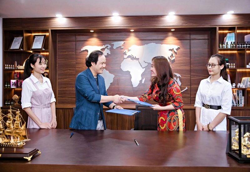 Hoàng Gia F&C Việt Nam - Nhà tài trợ đồng sự kiện Gala Mảnh ghép sắc đẹp 3