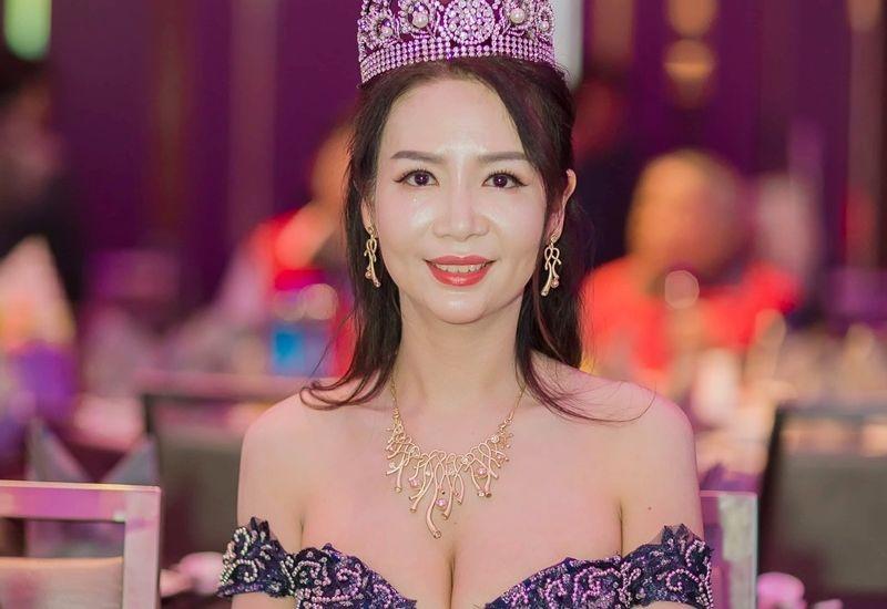 Cận cảnh nhan sắc mặn mà của Hoa hậu Quý bà Quốc tế Taiwan Võ Thị Yến trong vai trò làm ban giám khảo cuộc thi sắc đẹp quốc tế