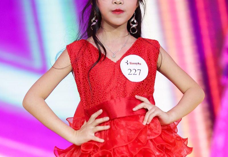 """Giang Thanh – """"thiên thần nhỏ"""" sở hữu bộ sưu tập giải thưởng """"khủng"""""""