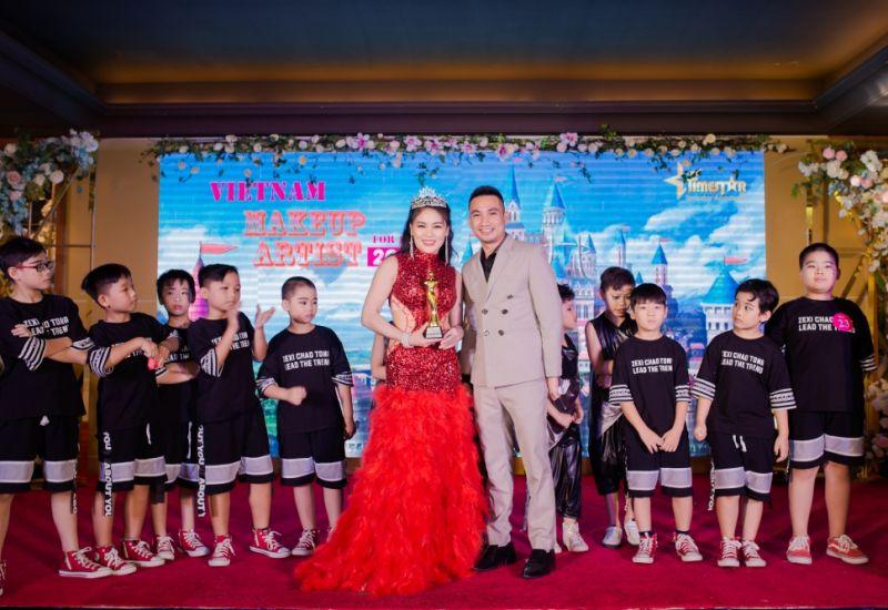 """Nữ hoàng truyền cảm hứng Phương Anh toả sáng  đêm Gala nghệ thuật: """"Việt Nam Makeup for Kids 2019"""""""