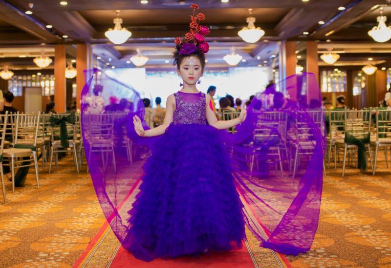 Những trang phục thảm đỏ ấn tượng trong  Gala nghệ thuật