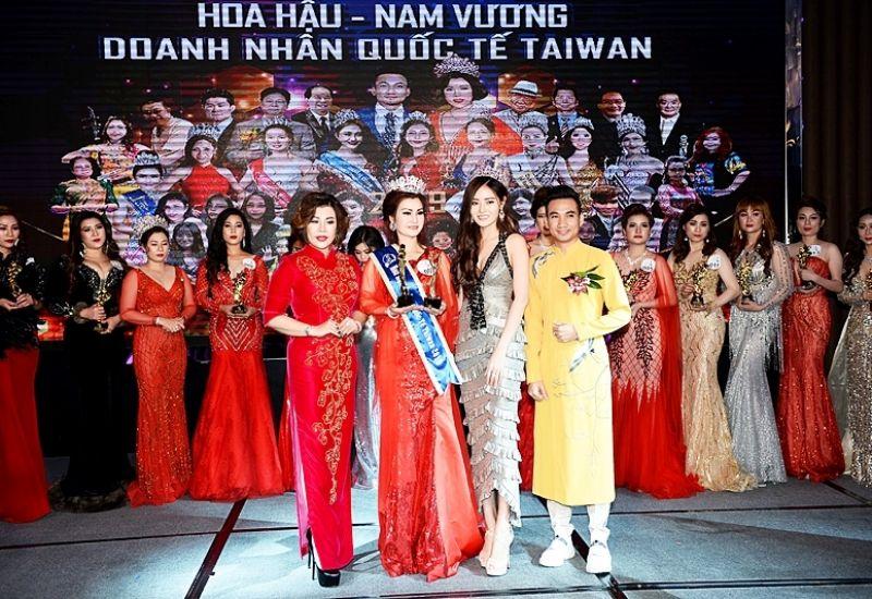 Người đẹp Lương Quan Anh trở thành Hoa hậu Áo dài Quốc tế Taiwan 2019