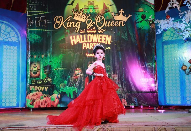 Mẫu nhí Bảo Trân hóa công chúa Cinderella xinh đẹp giành ngôi vị Queen trong Kids Halloween Party