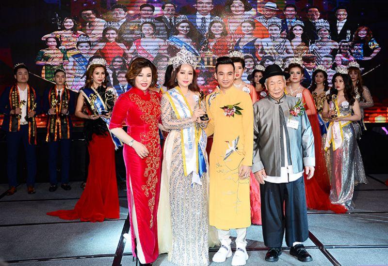 Dương Nhã Kỳ đăng quang ngôi vị Hoa hậu Doanh nhân Quốc tế Taiwan 2019 hạng mục Mrs