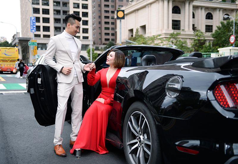 Thí sinh tham dự nghi thức thảm đỏ với siêu xe có một không hai trong sự kiện Hoa hậu - Nam Vương quốc tế Taiwan 2019