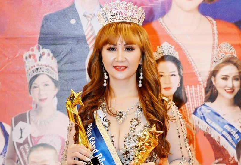 Người đẹp Võ Thị Mông Nghi rạng rỡ nhận danh hiệu Hoa hậu cộng đồng Quốc tế Taiwan 2019