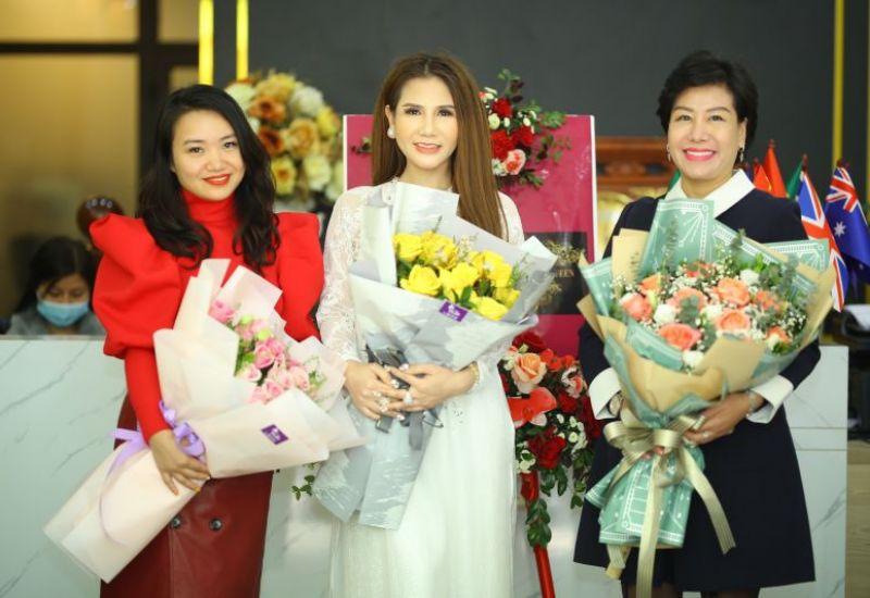 Nữ hoàng sắc đẹp quốc tế Hương Maria chính thức nhận quyết định Chủ tịch Câu lạc bộ Forever Queen