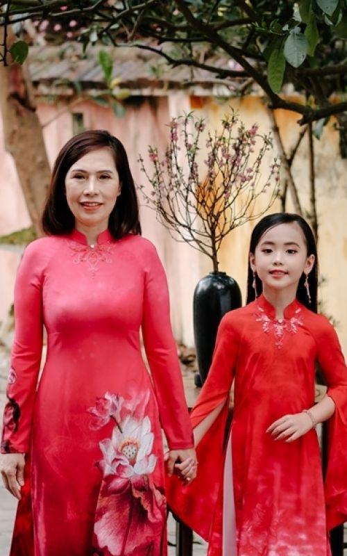 Nét đẹp hai thế hệ - Hoa hậu nhí quốc tế Thảo Chi người mẫu nhí độc quyền Timestar