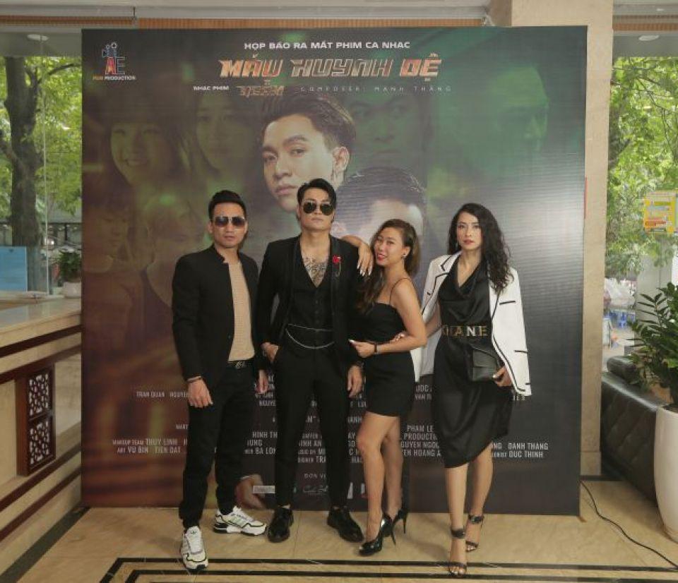 Ngôi sao ca nhạc Khả Quân lột xác cùng Phan Anh trong phim ca nhạc